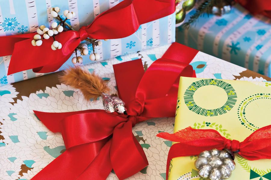 Our Best-Ever Holiday Decorating Ideas Pinterest Paper wrapping