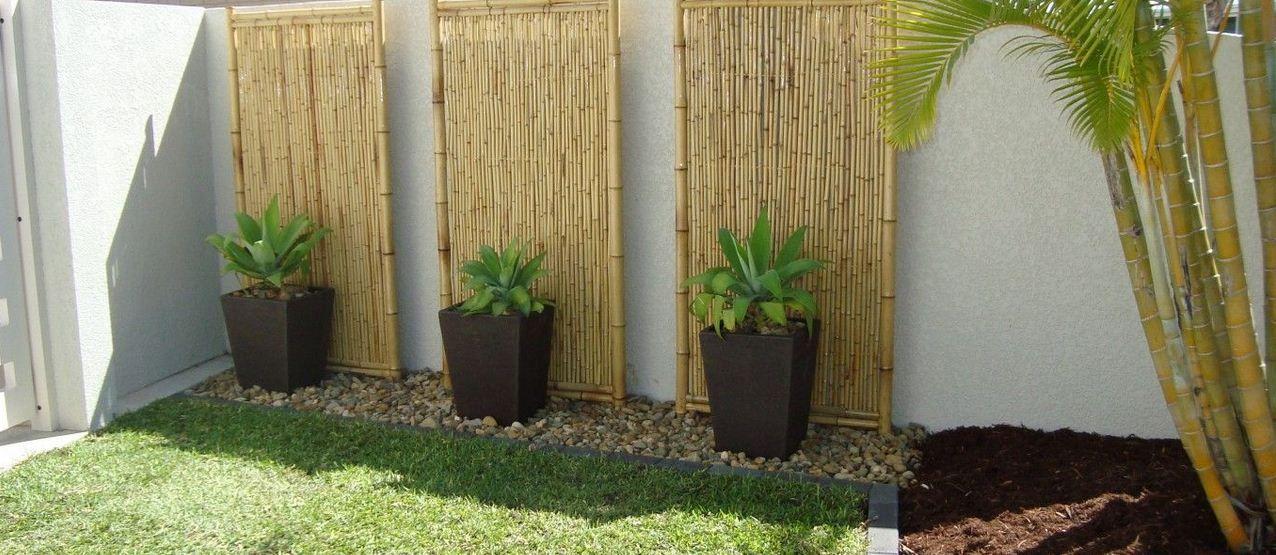 Inspiring Backyard And Garden Design Ideas With Bamboo Garden Fence    Backyard Gardening   Home Improvements