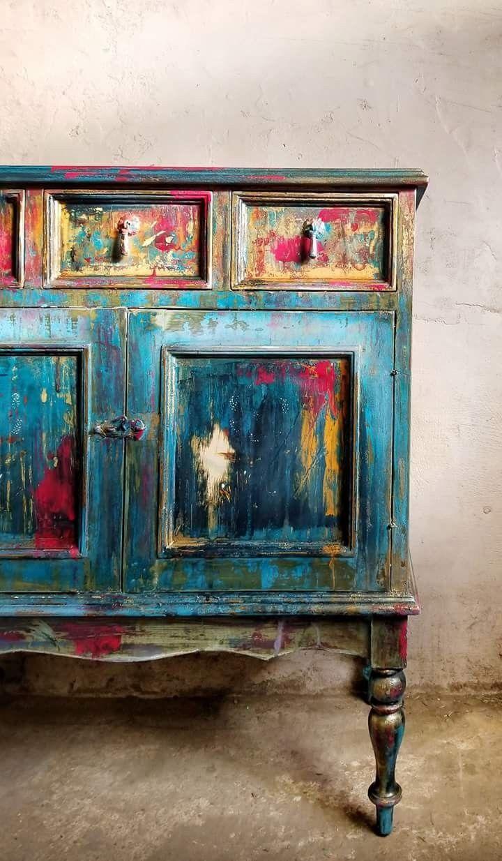 Layering Chalk Paint Painting Furniture Meubles Peints A La Main Mobilier De Salon Meubles Peints