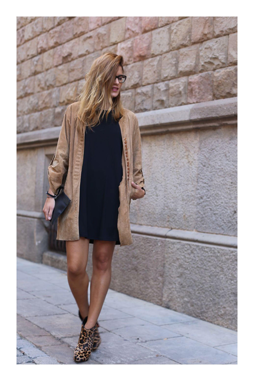 963719f70 Lo que debes saber antes de comprar y usar vestidos  TiZKKAmoda  vestido   negro  look  botas  animalprint  leopardo  lentes  bolsa  abrigo