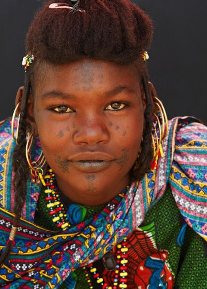 Africa | Wodaabe woman. Tahoua, Niger | © Bruno Morandi (I know a few people in New Jersey with that same face :-)