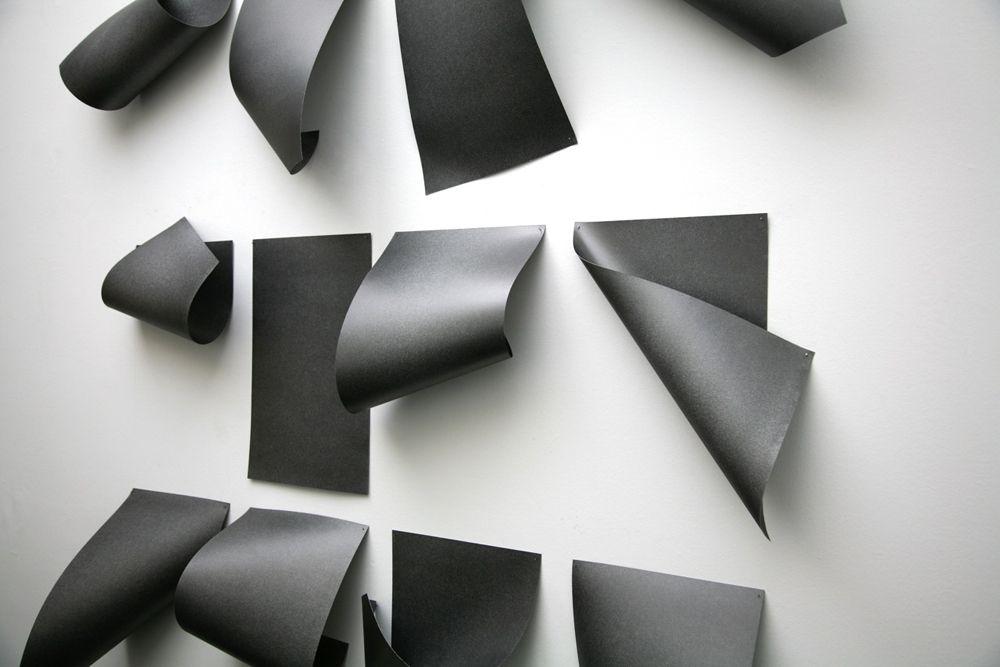DIOGO PIMENTAO - DOCUMENTED DESCRIPTION, 2012 - Paper, graphite and nails