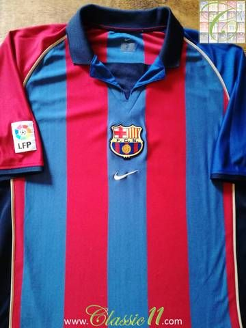 new product 66bce d2e2a Official Nike Barcelona home football shirt from the 2001 ...