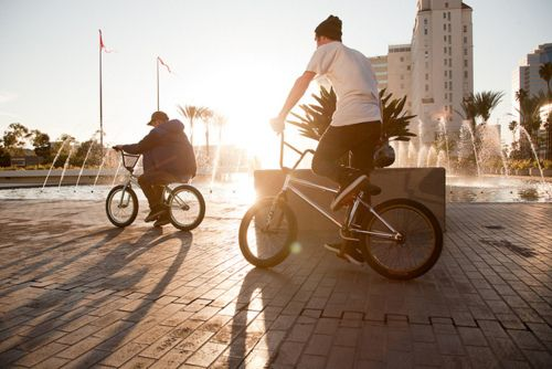 Pin By Cj Martinez On I Love Bmx With Images Bmx Riding Moped