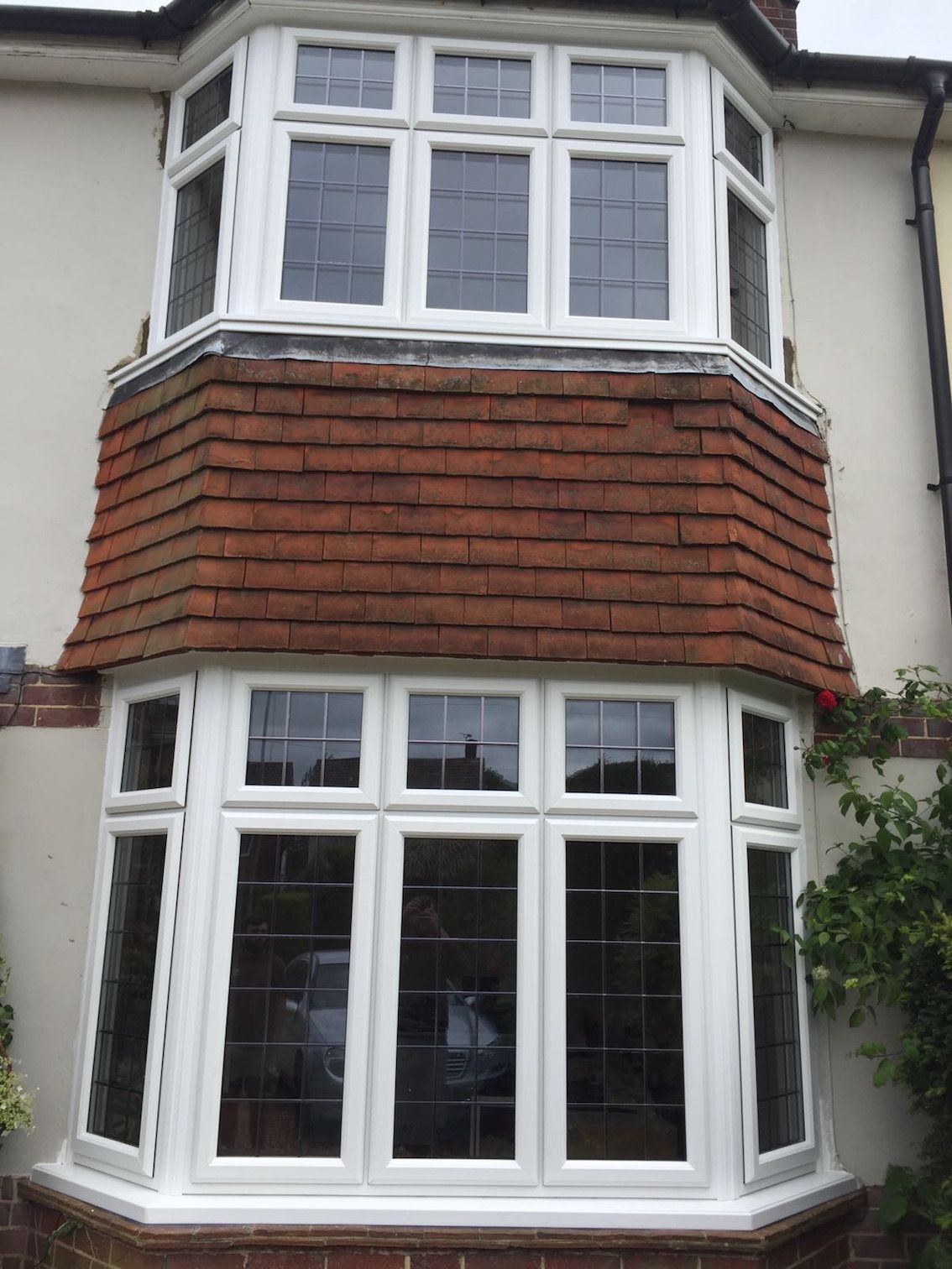 Replacement double glazed bay windows on 1930s house