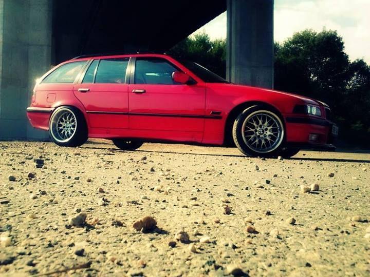 Petr Dvořáček nám poslal fotku legendárního modelu BMW E36 Touring.