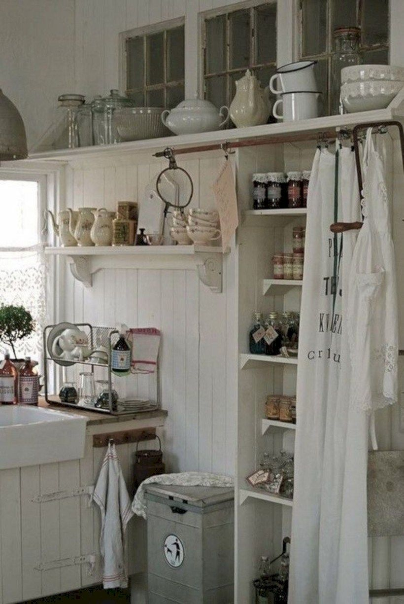 Inspiring Country Style Cottage Kitchen Cabinets Ideas 26