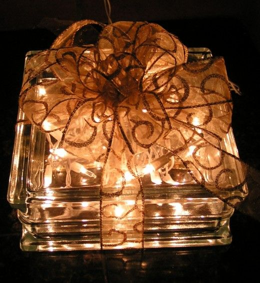 Illuminated Glass Block Christmas Present Decoration Instructions for Gift Giving