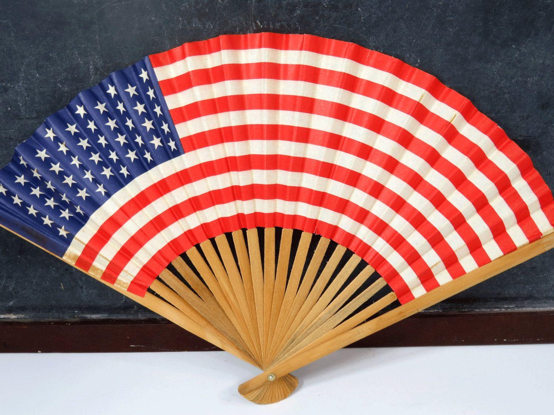 5a0e8976c8a Vintage American Flag Folding Fan