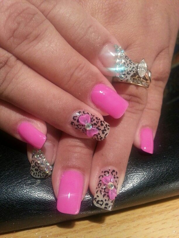 My pink cheetah nails with 3-D bow courtesy of Lucia ...