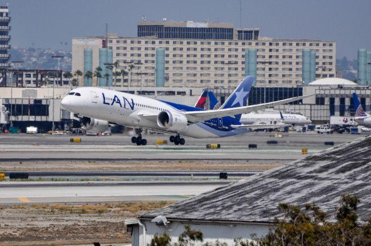 Lan 787 8 Starting Her Journey Home To Santiago Via Lima Photo