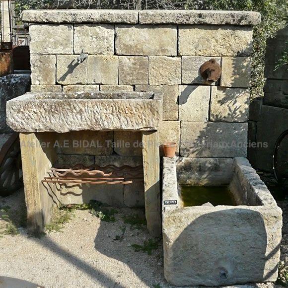 Fontaine Murale En Pierre Fontaine De Jardin Avec Bac Et Evier Anciens Fontaine Murale Fontaine Pierre Evier Exterieur