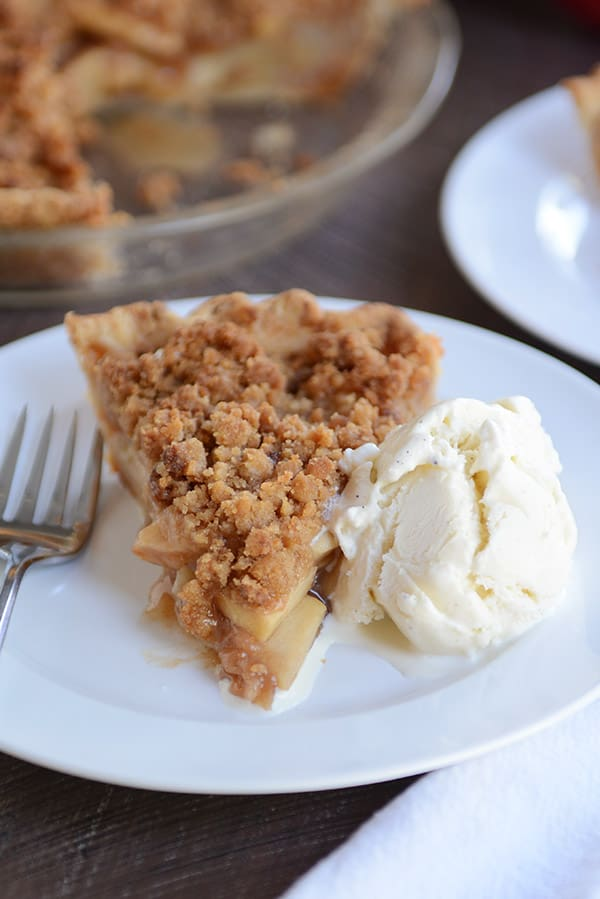 Easy Apple Crumble Pie Recipe | Mel's Kitchen Cafe #applepie