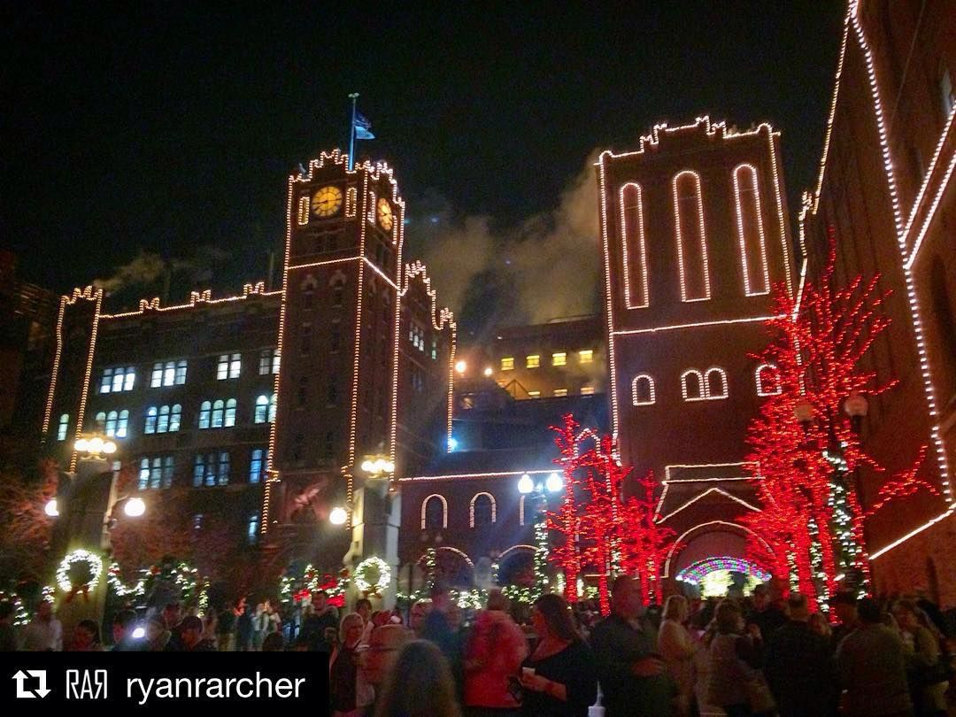 repost ryanrarcher christmas lights at the anheuser busch brewery stl anheuserbusch anheuserbuschbrewery brewery christmas holiday lights