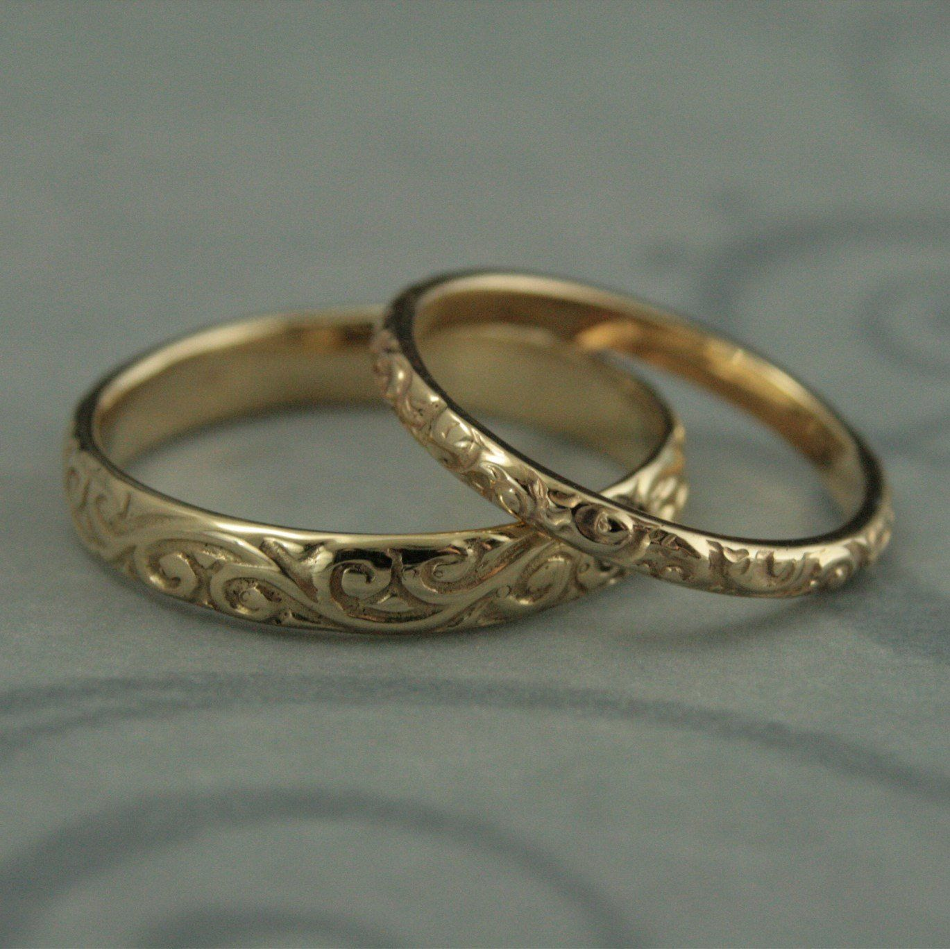 Patterned wedding band setvintage style wedding ringshis and hers