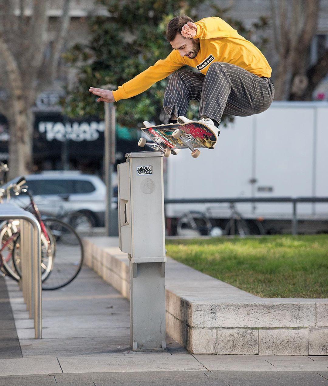 Pin von Vibe Hero auf Skateboarding in 2020 H.i.s