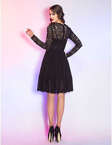 A-line Queen Anne Knee-length Lace And Chiffon Cocktail Dress – AUD $ 121.54