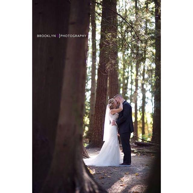 nice vancouver wedding Enchanted forest. #wedding #weddingday #riverwayclubhouse by @brooklyndphotography  #vancouverwedding #vancouverwedding