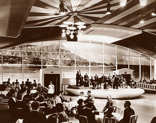 old ballroom | 1959 renovation featured the world's largest color mural of Hawaii's ...