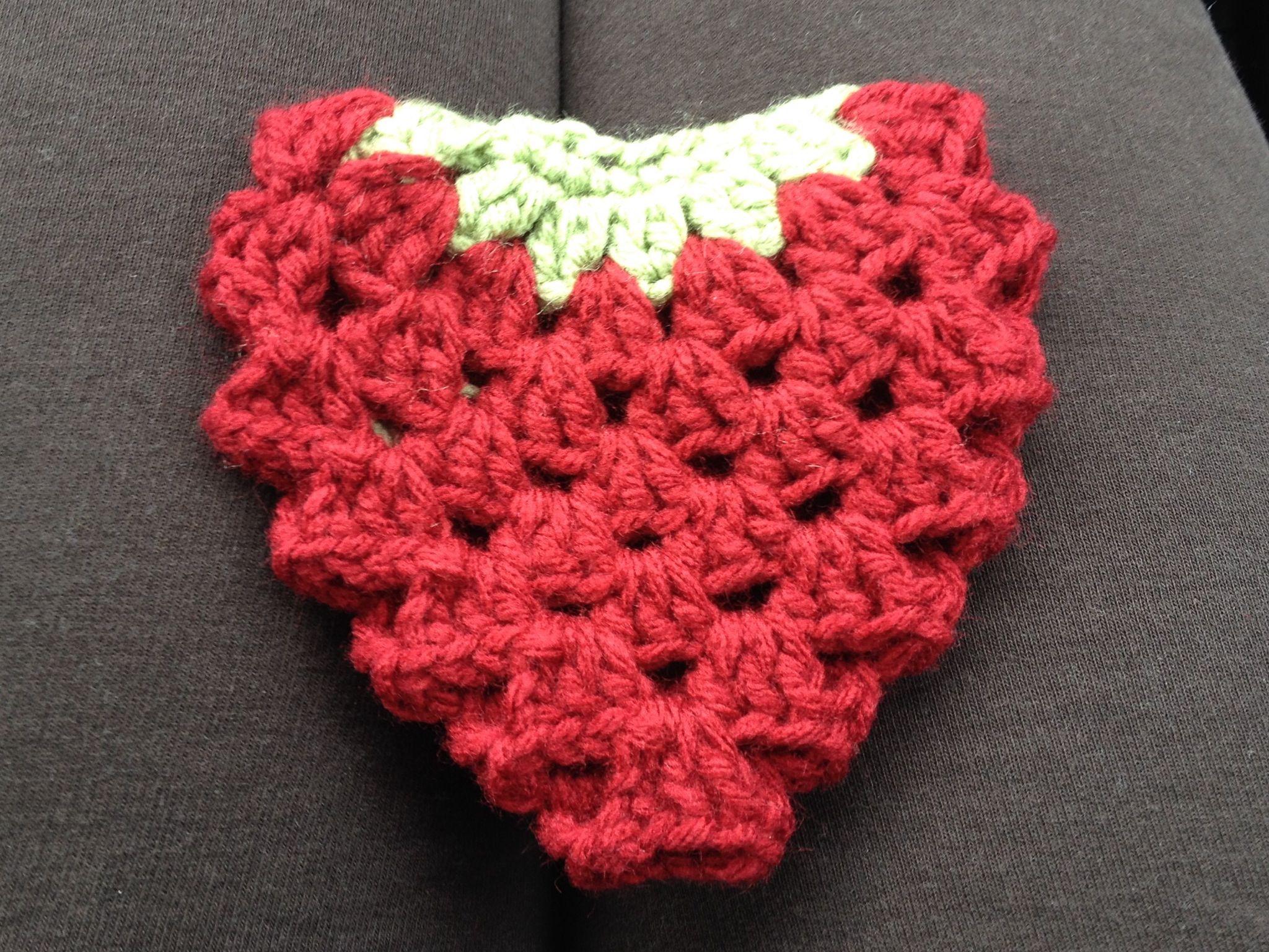 Crochet  Strawberry scrubbie