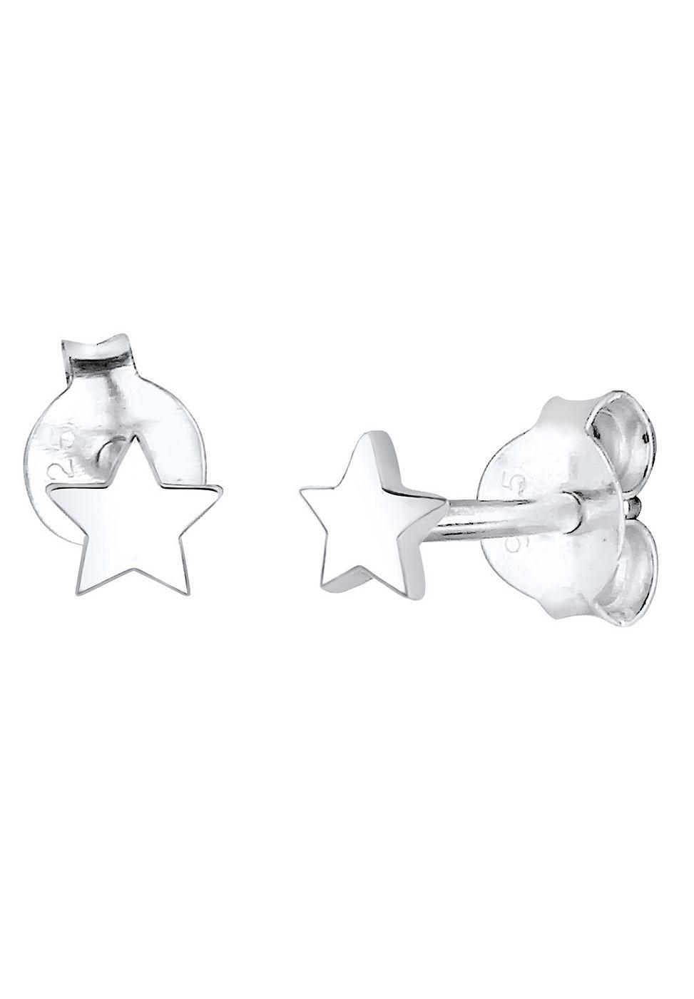 Diese feinen Stern-Ohrstecker aus 925er Sterling Silber sind der ideale Basic-Ohrschmuck für stilvolle Trendsetter und angehende Starlets. Der dezente Ohrschmuck lässt sich ideal zu dramatischen Statementketten kombinieren oder highlightet ein glamouröses paar Ohrringe im zweiten Ohrloch. Durch ihr schlichtes Design sind diese Ohrringe grenzenlos kombinierbar, modern und ein Must-Have in jedem ...