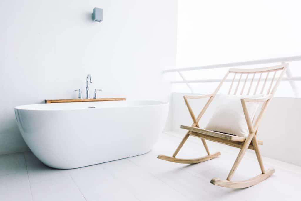Photo of Arredare una casa totalmente bianca: istruzioni per l'uso per non commettere errori