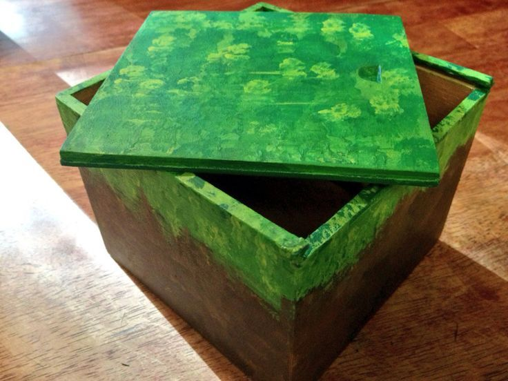 Minecraft Block Grass Wooden Box Wood by magpiedelights on ...