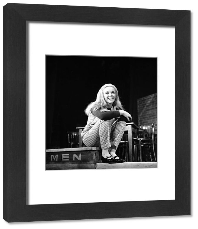 Framed Print-Theatre - Saturday Night, Sunday Morning - Prince of Wales Theatre, London-14x12 inch Frame and mount made in the UK