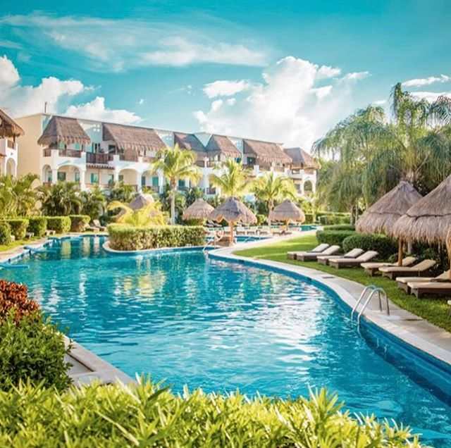lowripasseywilliams4 Mexico September 2018! 🍹🌴👫💕 | VIRM Pools