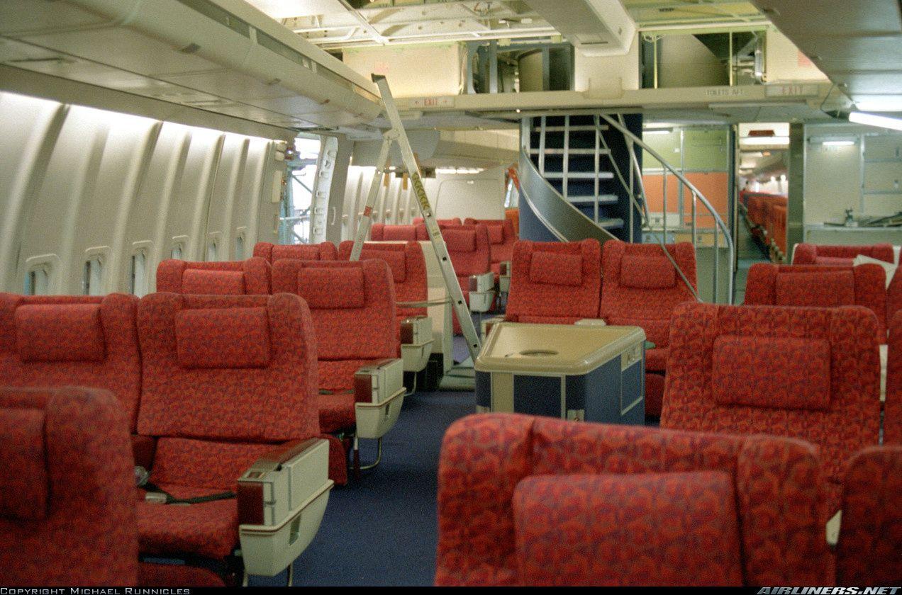 Boeing 747 136 British Airways Aircraft Interiors Airline Interiors Airplane Interior