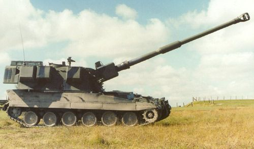 The AS90 Braveheart is the latest 52 calibre version of the British Army's 155mm AS90 self propelled howitzer. - Image - Army Technology