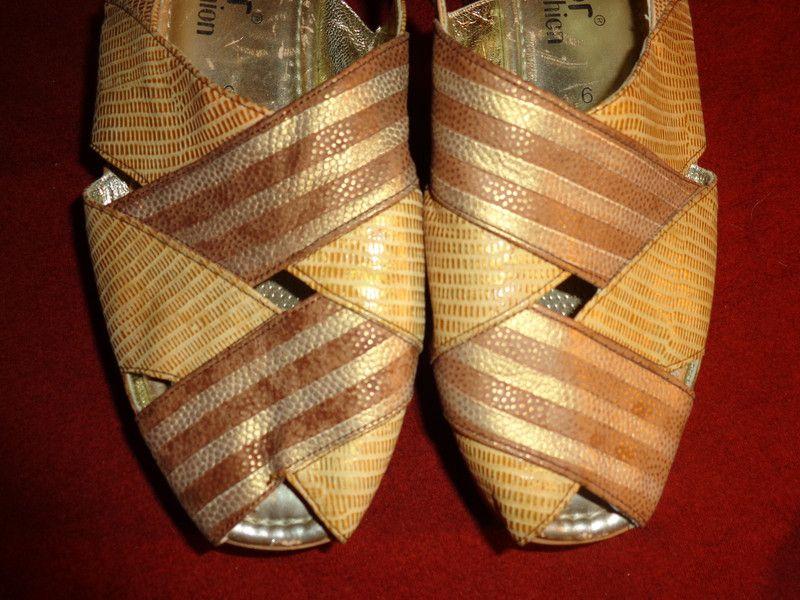 Vintage Sandalen - Schuhe*Vintage*Kork*Plateau*gabor*gold*6*39 - ein Designerstück von SweetSweetVintage bei DaWanda