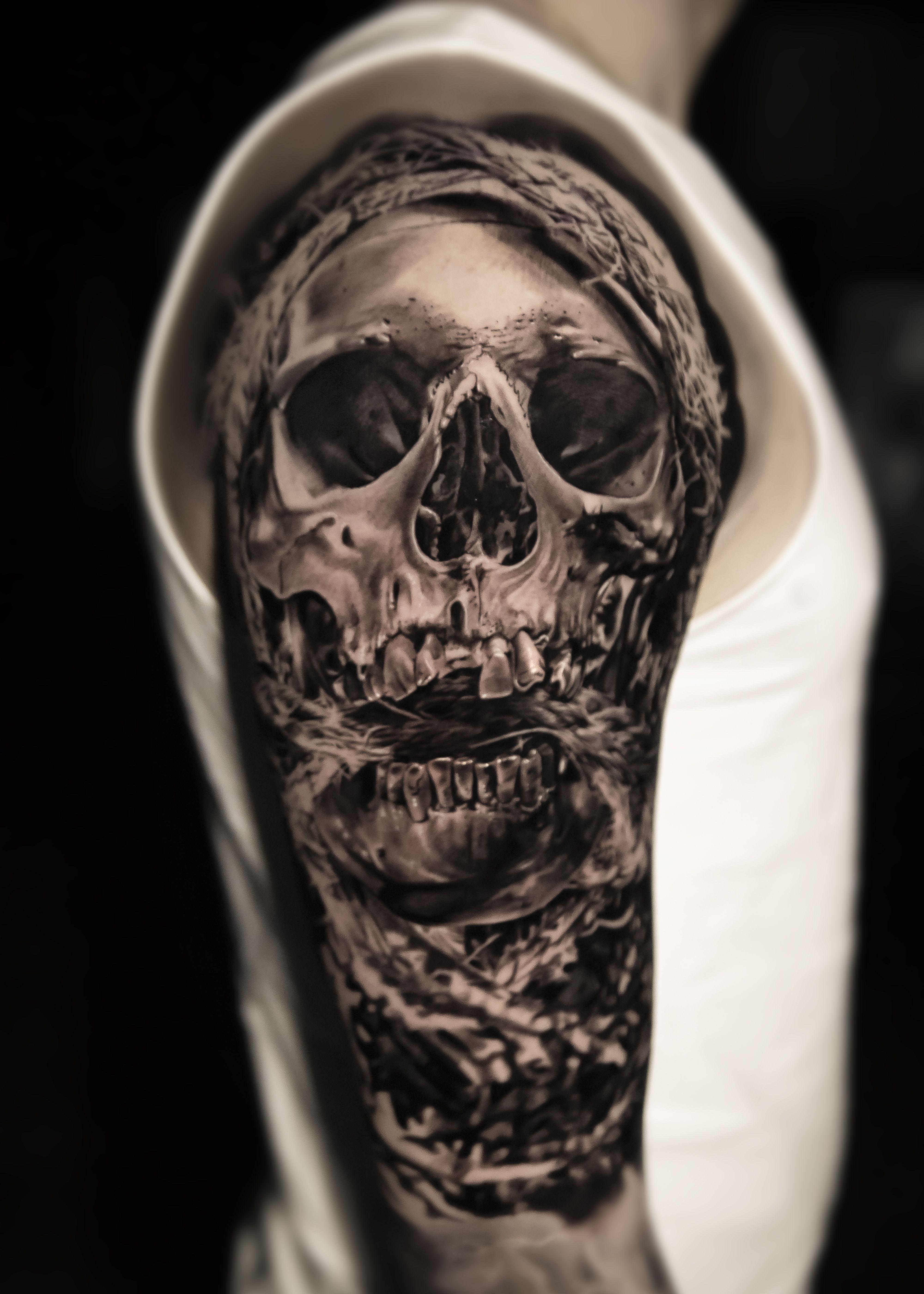Realistic Skull Tattoo In 2020 Skull Tattoo Tattoos Skull