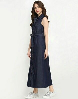 Denimong dress with pocket   *Sleeves: 3/4th att