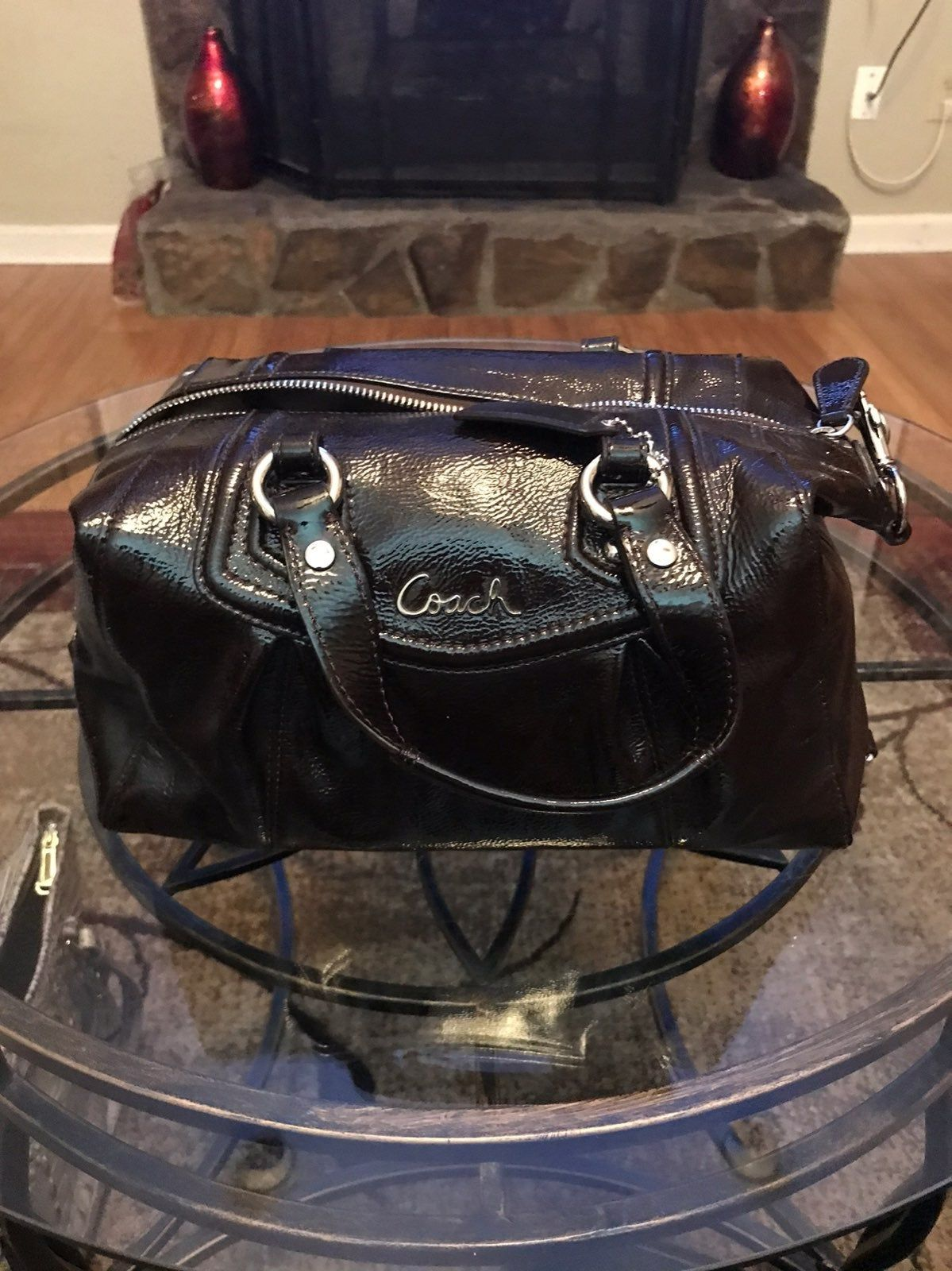 how to clean leather purse inside