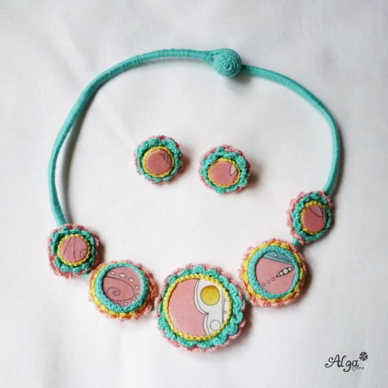 Crochet necklace Miss Macarons/Háčkovaný náhrdelník Slečna Makronka