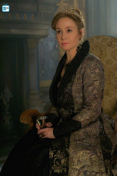 """#Reign 2x19 """"Abandoned"""" - Queen Catherine"""