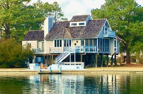 Chincoteague Island Vacation Al 516196 Beachhouse Me Ateague Area Spinnaker Waterfront Home