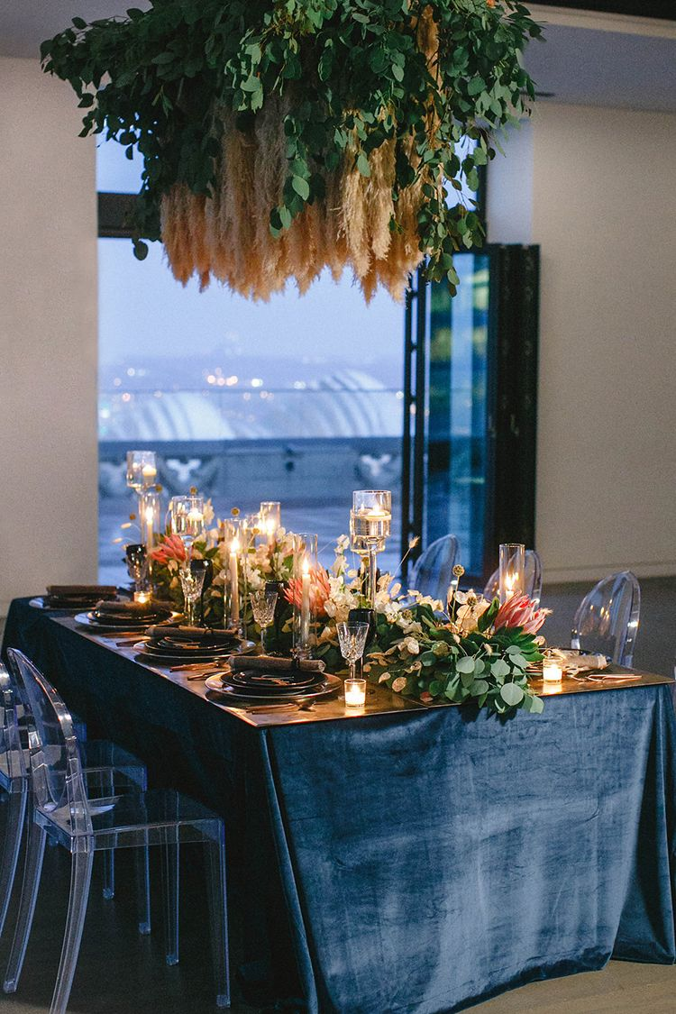 modern downtown wedding inspiration - photo by Leigh Miller Photography http://ruffledblog.com/modern-wedding-inspiration-with-a-pampas-grass-chandelier