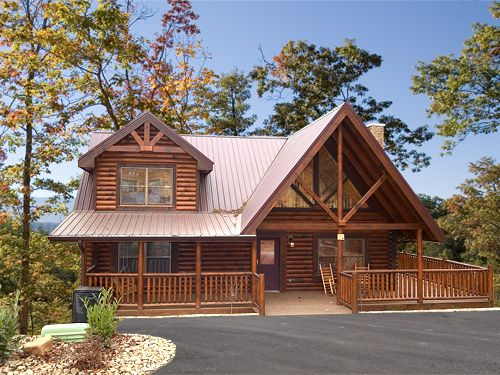 Natural Beauty Mountain Resort View This 2 Bedroom Log Cabin Offers King Size Beds Indoor Jacuzz Log Cabin Homes Beautiful Cabins Gatlinburg Cabin Rentals
