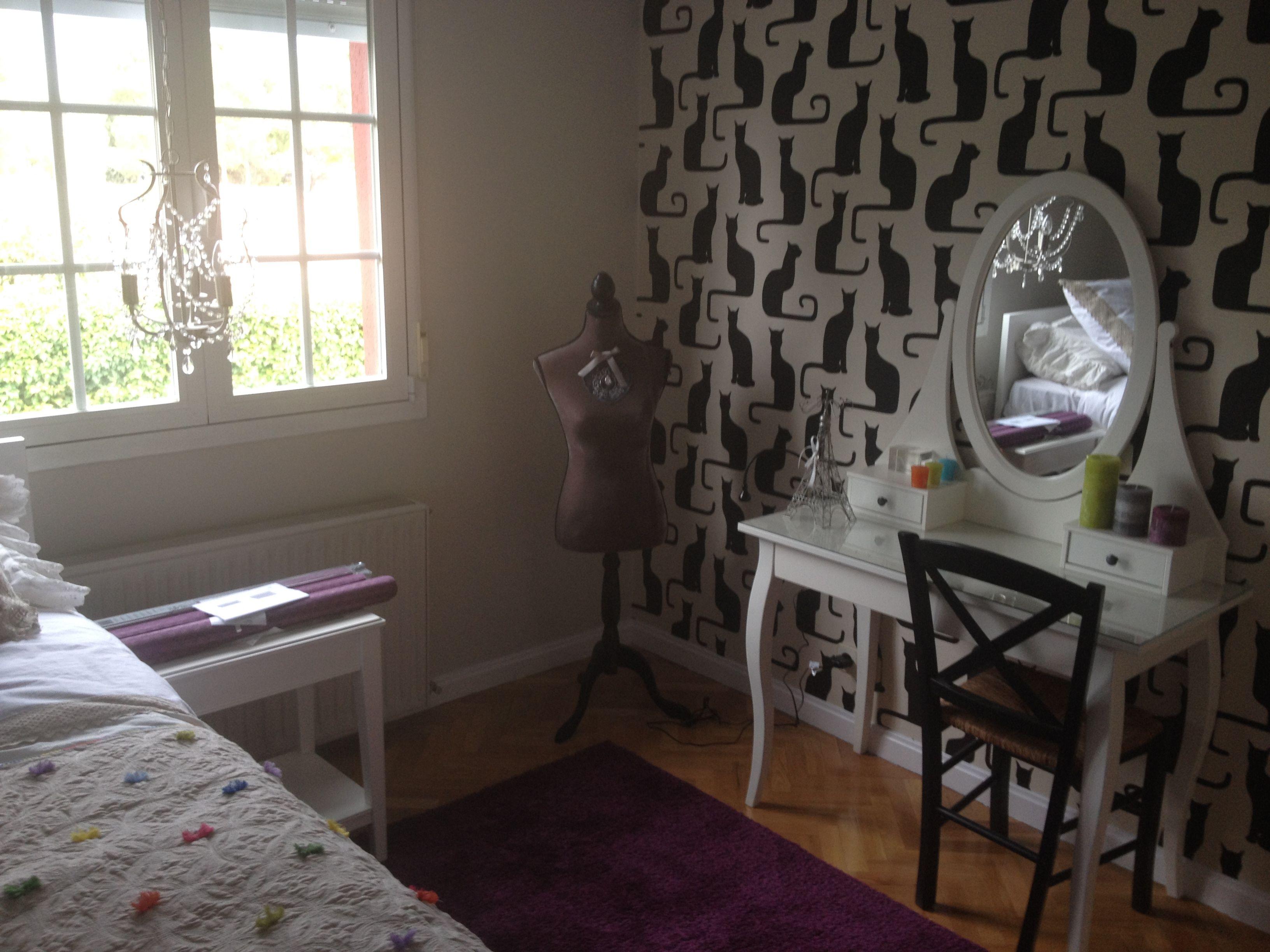 Dormitorio Juvenil Para Ni A Con Tocador Y Papel Pintado  ~ Papel Pintado Para Dormitorio Juvenil
