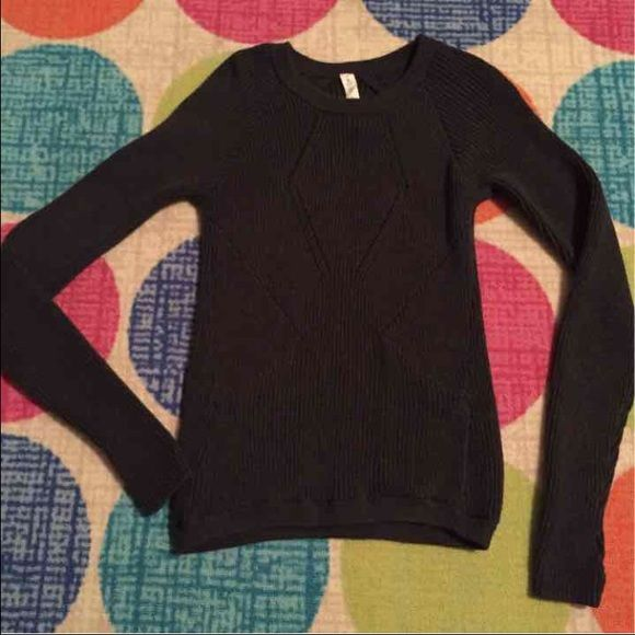 Lululemon charcoal gray sweater Size 4 charcoal gray sweater worn a couple times looks new super cute lululemon athletica Sweaters Crew & Scoop Necks