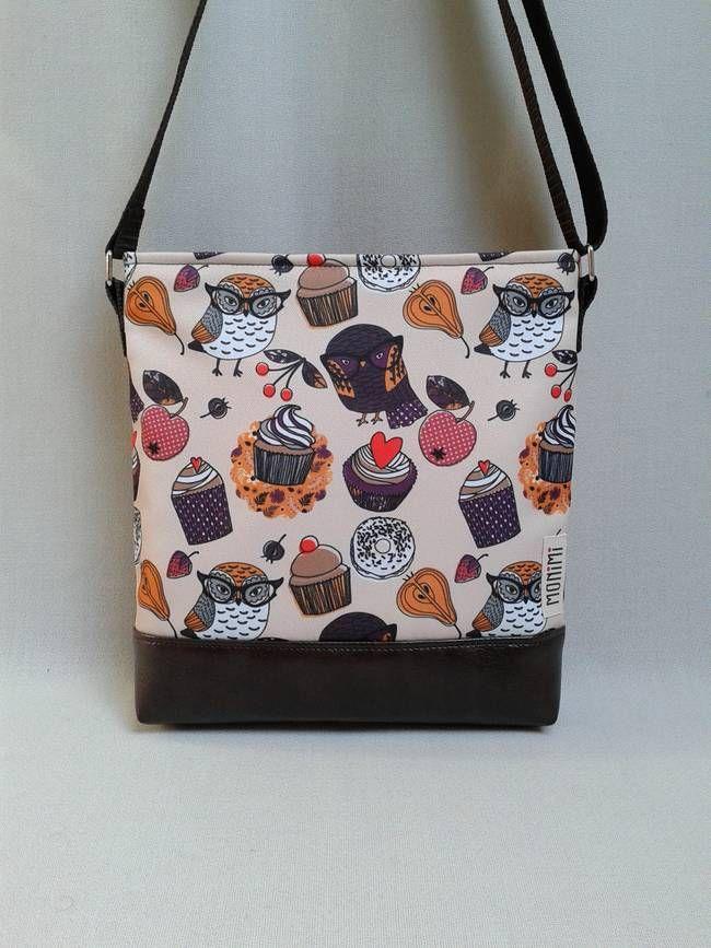 be497e1f265e Táskák · Bagoly és muffin: a cukiság faktor!!! Saját tervezésű bagoly  mintát nyomattam gyöngyvászon