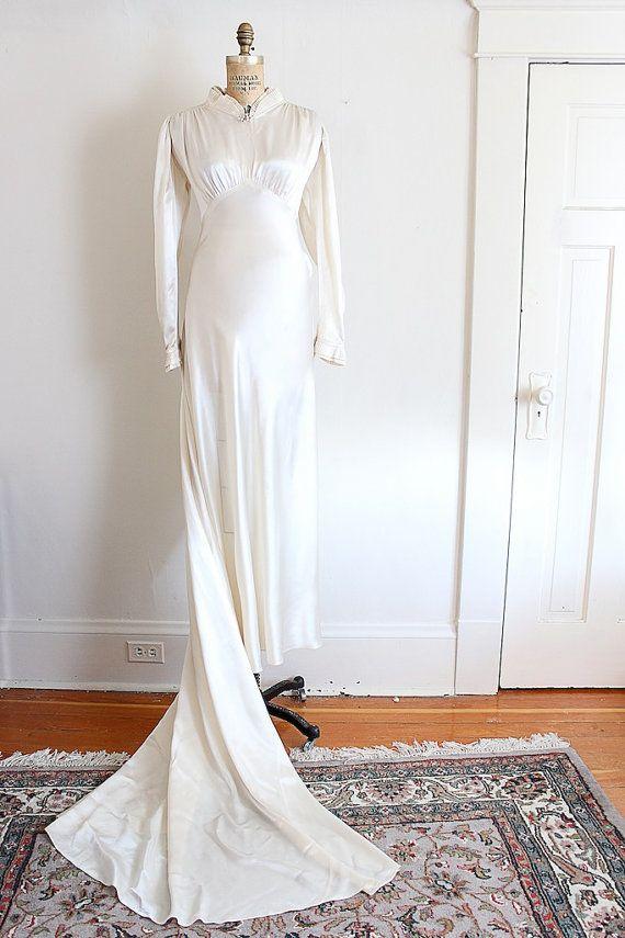 Vintage 1930s wedding gown // 30s creamy satin wedding dress with ...