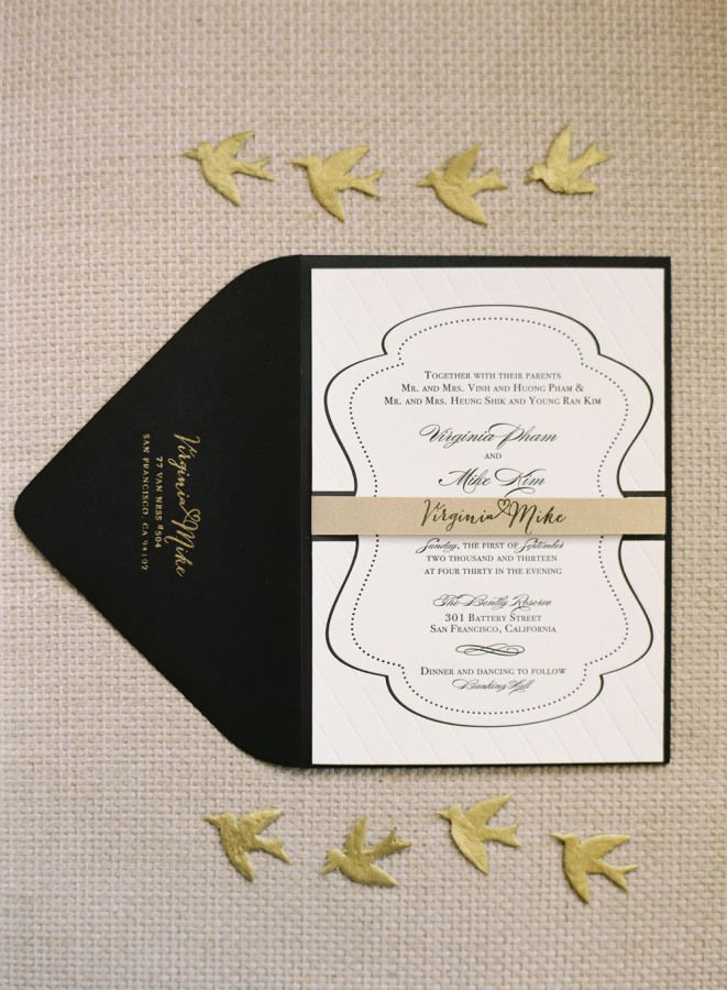 Black wedding invitation for an elegant wedding | fabmood.com