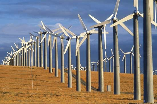 A Wind Energy Farm In Tracy California With Images Renewable