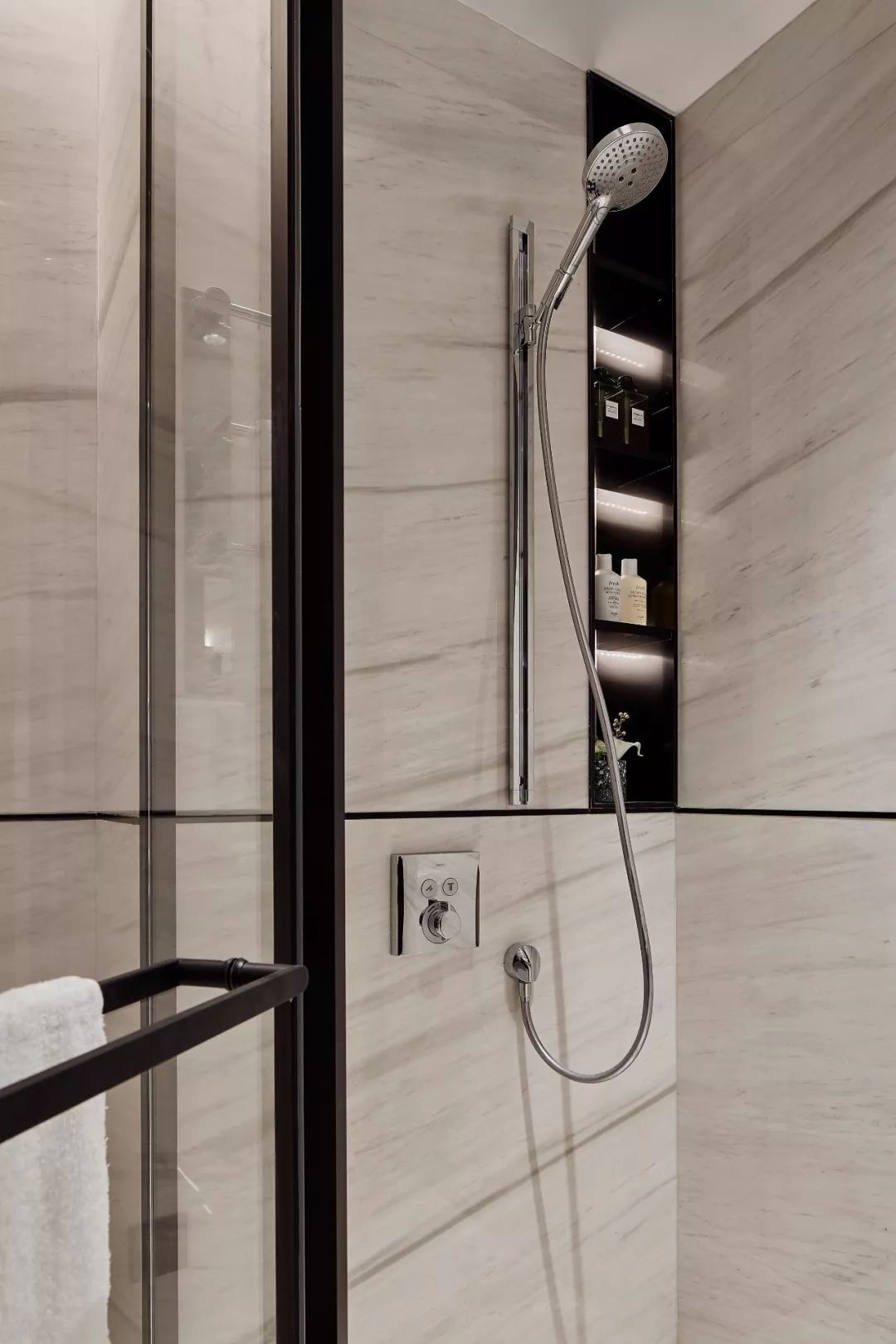 Pin By Chic Zinx On Bathroom Restroom Design Contemporary Bathroom Designs Public Restroom Design