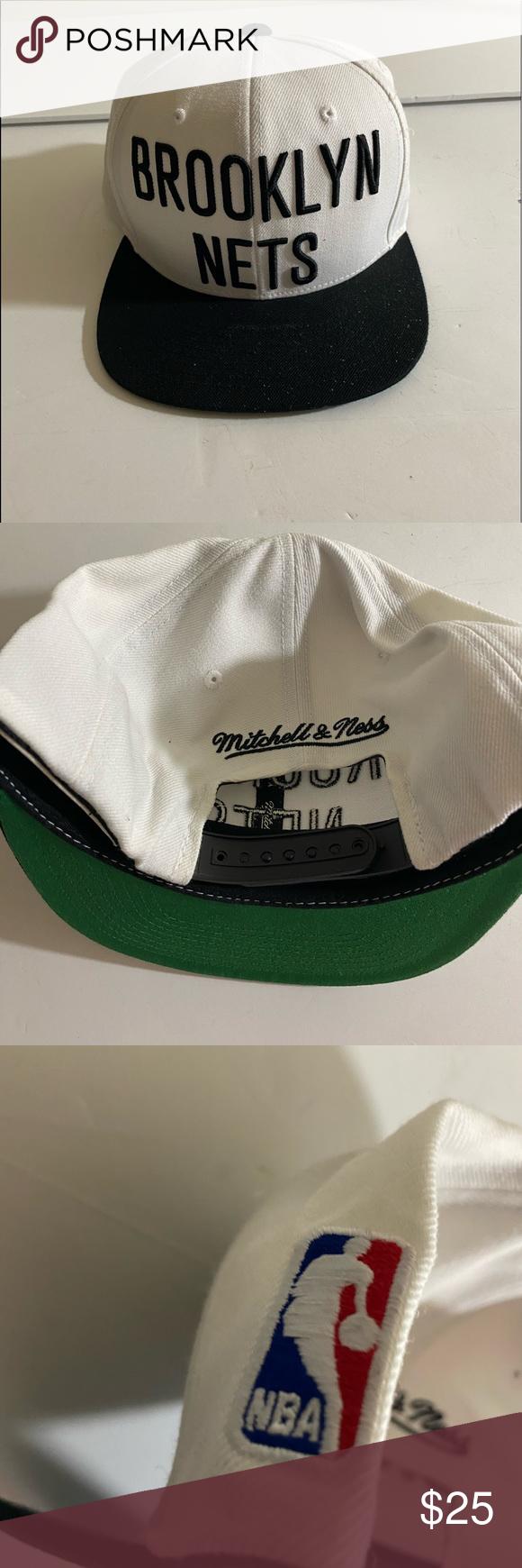 Chicago Blackhawks Reebok hat. Excellent condition