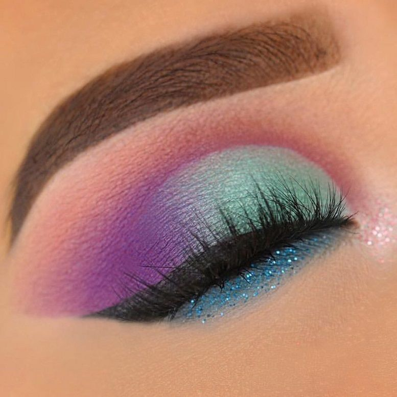 Fabulous eye makeup ideas make your eyes pop from artists around the world