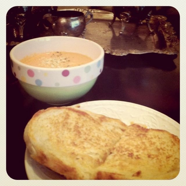 Edie's Spicy Tomato Soup...DELISH!!